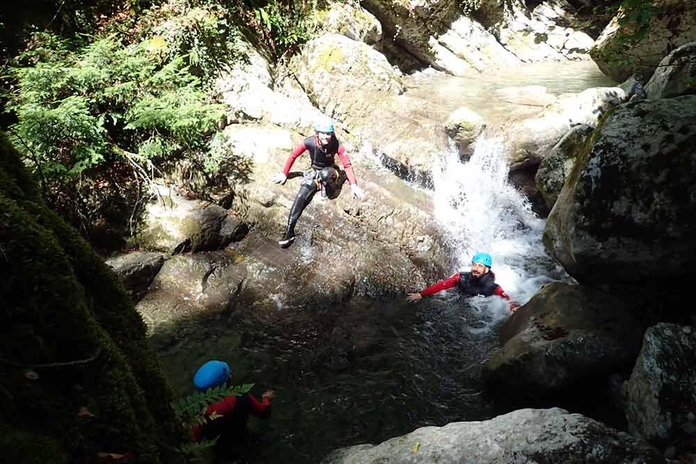 descente dans le canyon de montmin